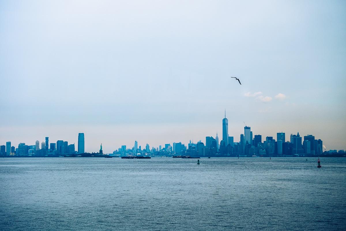 refuse to hibernate new york vue skyline manhattan