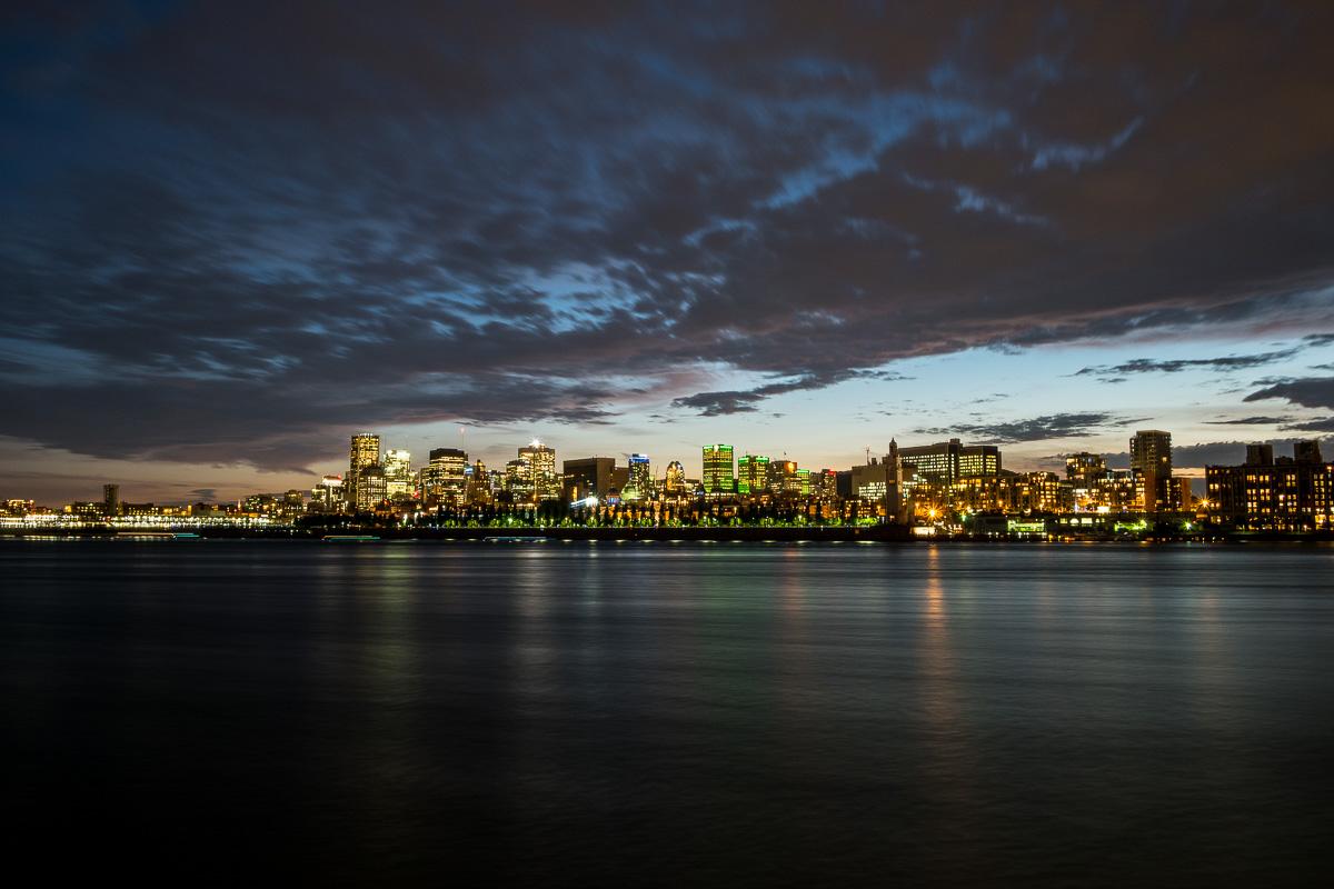 Refuse to hibernate montreal vue parc jean drapeau nuit