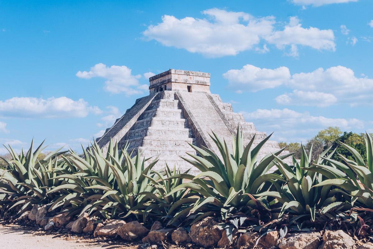Refuse to hibernate yucatan chichen itza el castillo