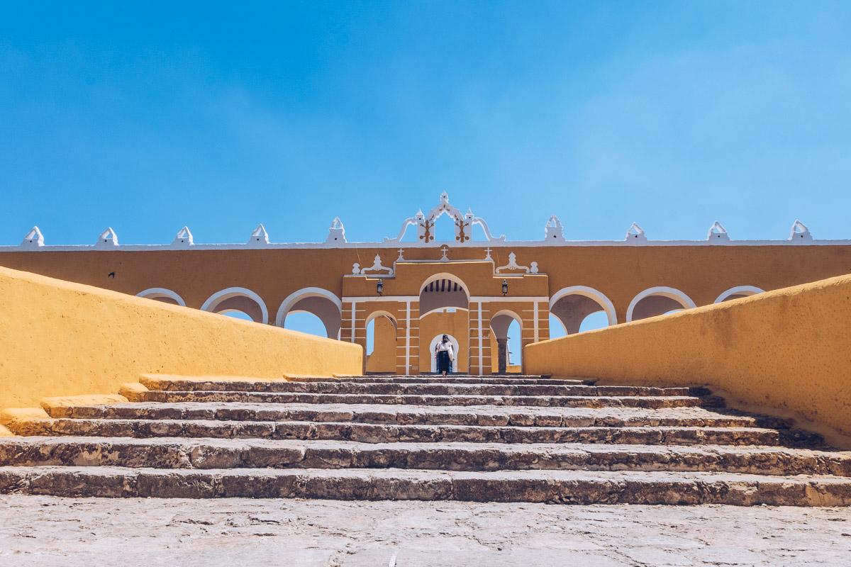 Refuse to hibernate yucatan izamal entree convento