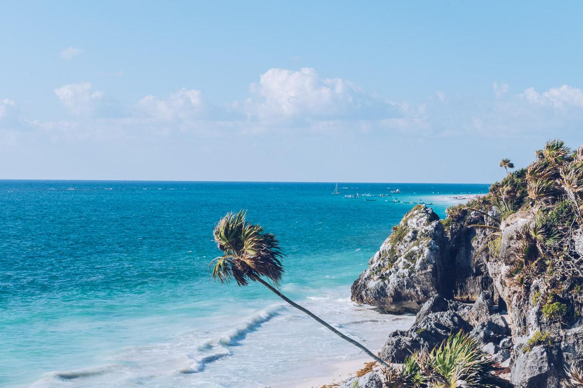 Refuse to hibernate yucatan tulum plage ruines