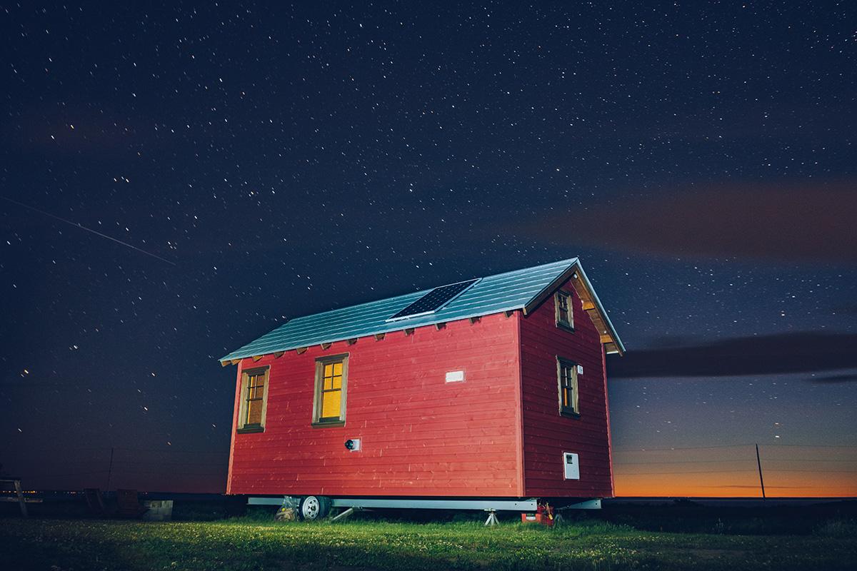 Refuse to hibernate domaine floravie tiny house de nuit avec les etoiles