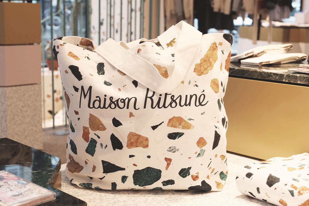 Cafe Kitsune Maison Kitsune sac marbre Refuse to hibernate