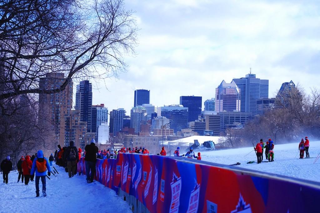 Refuse to hibernate Montréal en hiver Ski Tour Canada foule