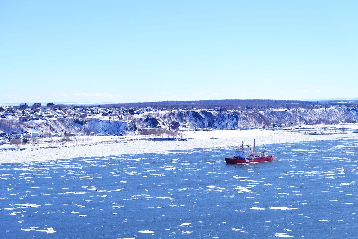 Refuse to hibernate Québec bateau fleuve Saint-Laurent