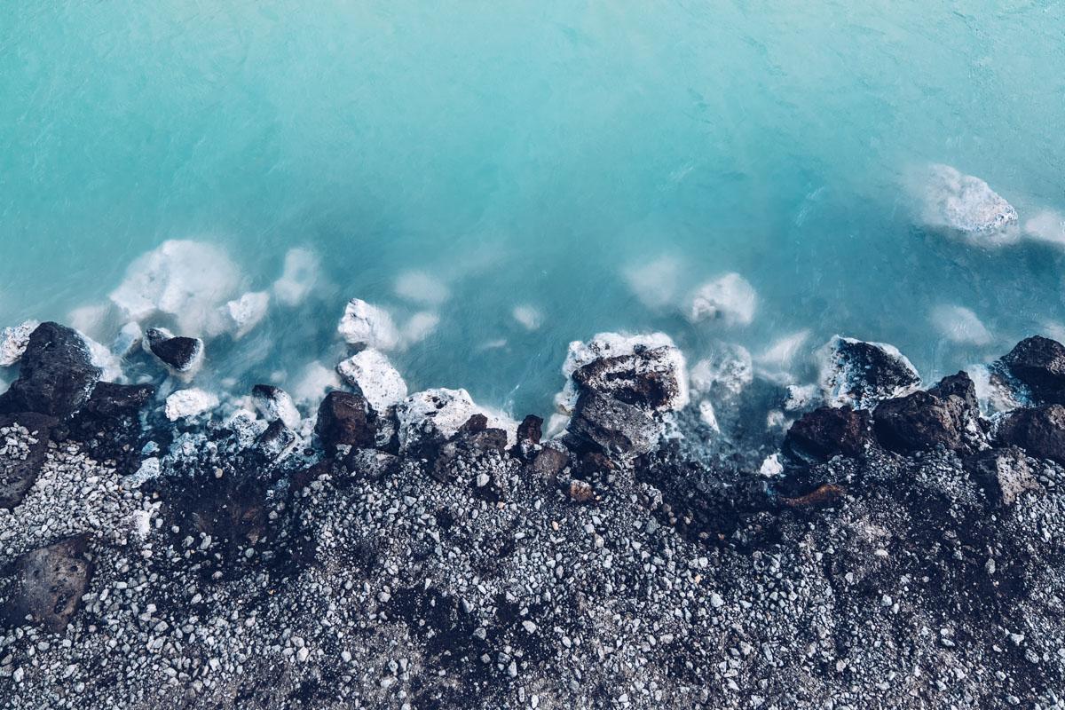 Refuse to hibernate islande blue lagoon