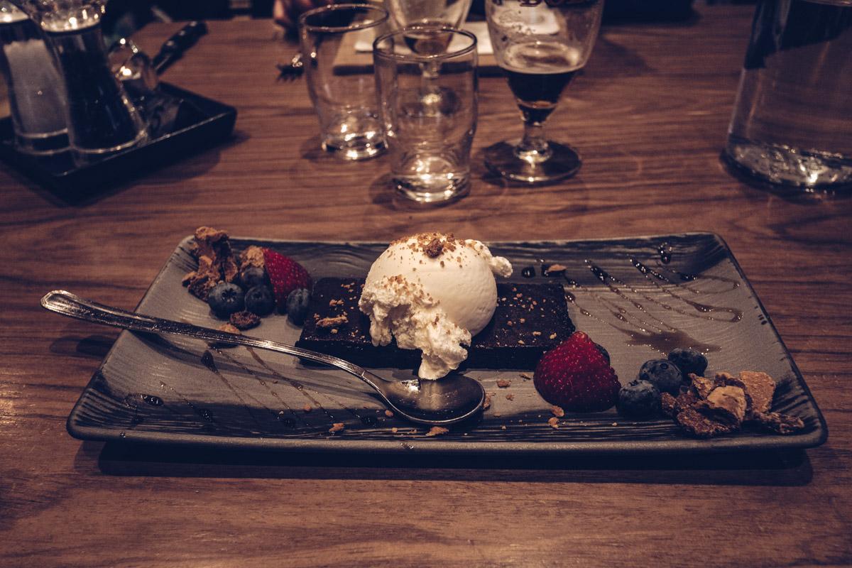 Refuse to hibernate islande kaffi hornio dessert