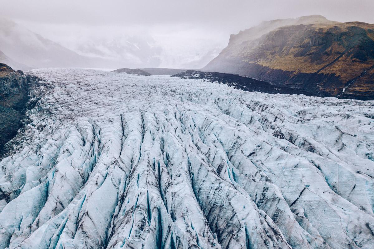 Refuse to hibernate islande svinafellsjokull entre glacier montagne