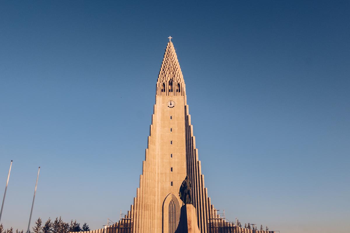 Refuse to hibernate reykjavik cathedrale hallgrim