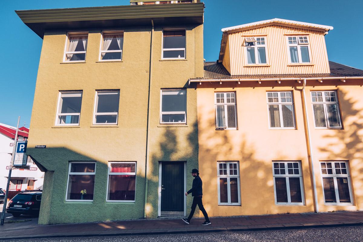 Refuse to hibernate reykjavik mickael dans la rue