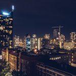 Refuse to hibernate Vancouver Guesttoguest downtown de nuit