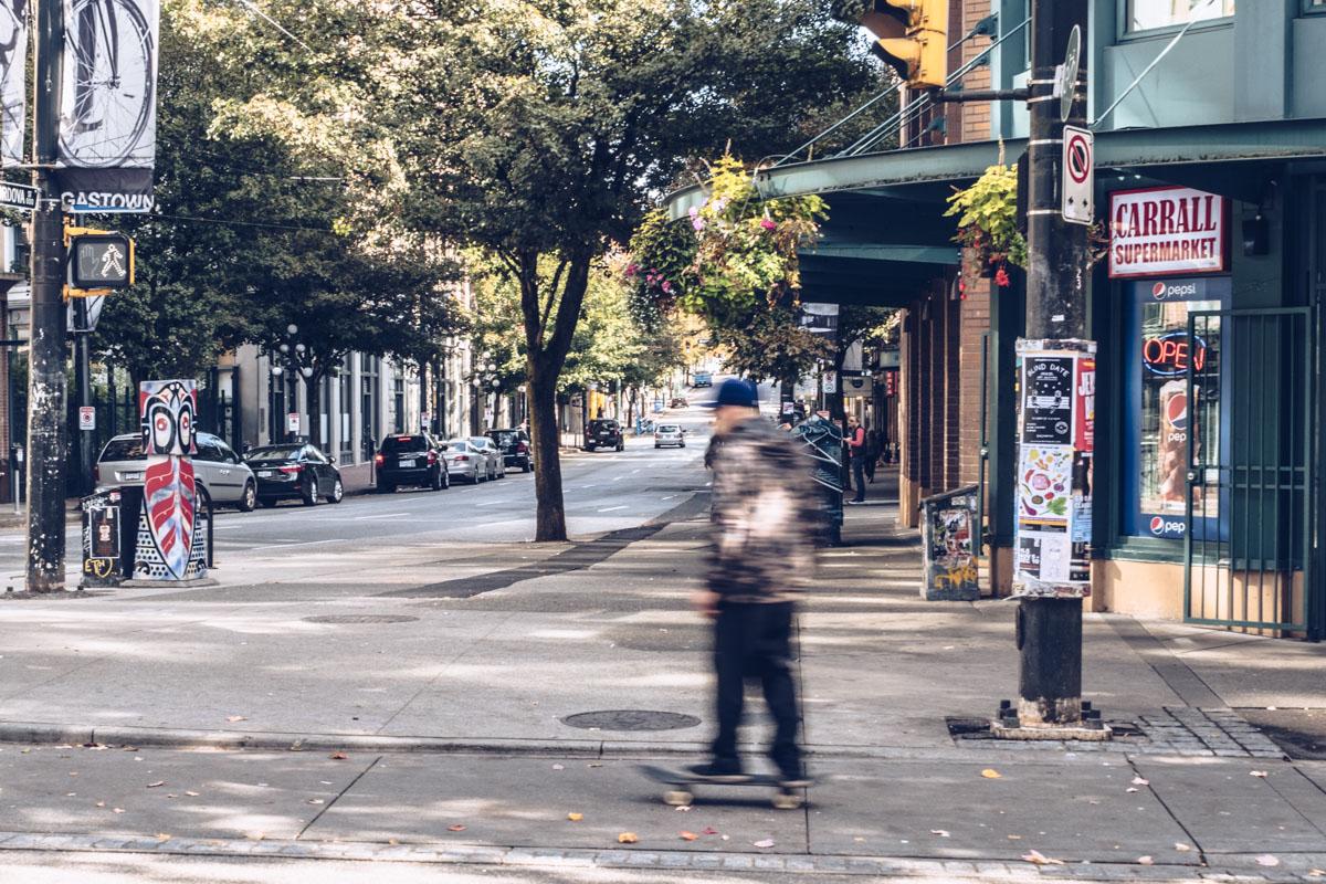 Refuse to hibernate Vancouver gastown skateur