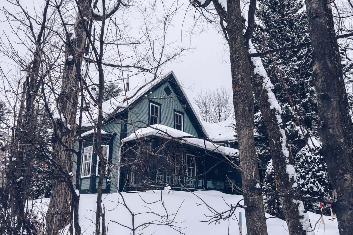 Refuse to hibernate Cantons de l'Est Magog maison bois