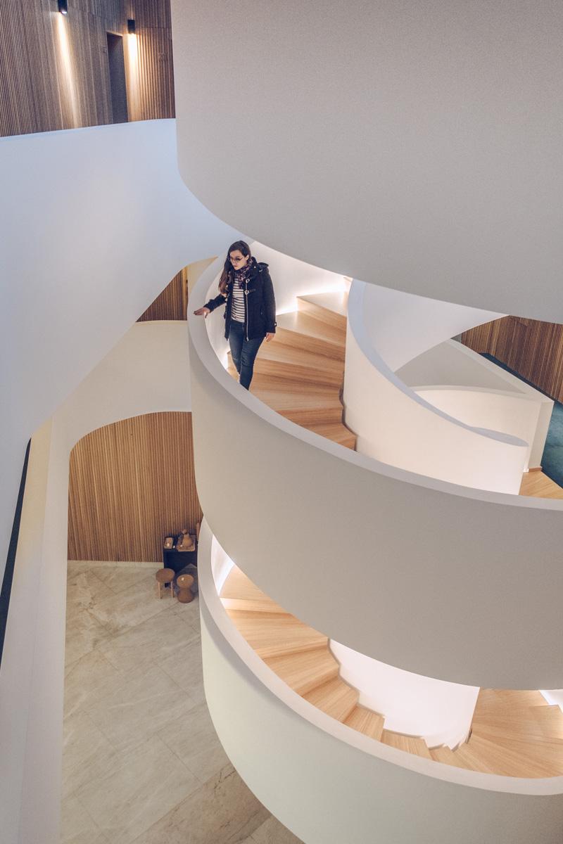 Refuse to hibernate Évora Olive hotel Audrey dans l'escalier