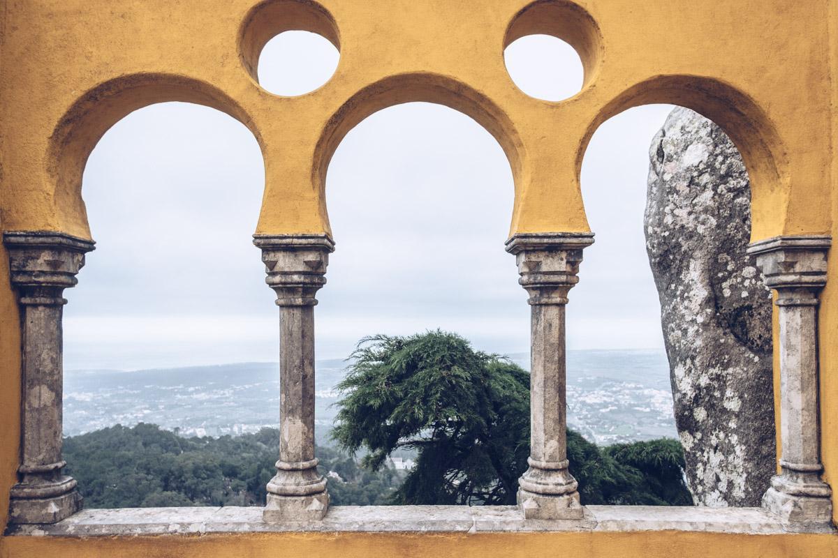 Refuse to hibernate Lisbonne sintra palacio da pena arches
