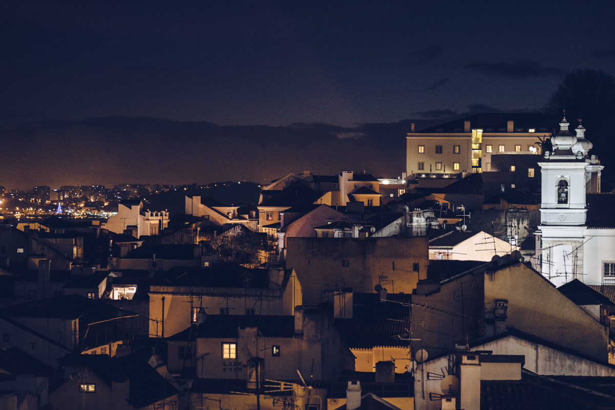 Refuse to hibernate Lisbonne treasures of lisboa vue de nuit