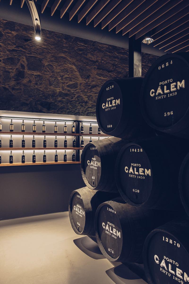 Refuse to hibernate Porto caves Calem dégustation tonneaux