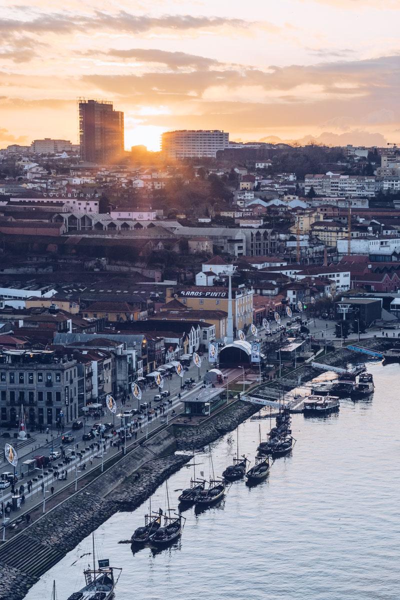 Refuse to hibernate Porto coucher de soleil depuis le pont Dom Luis