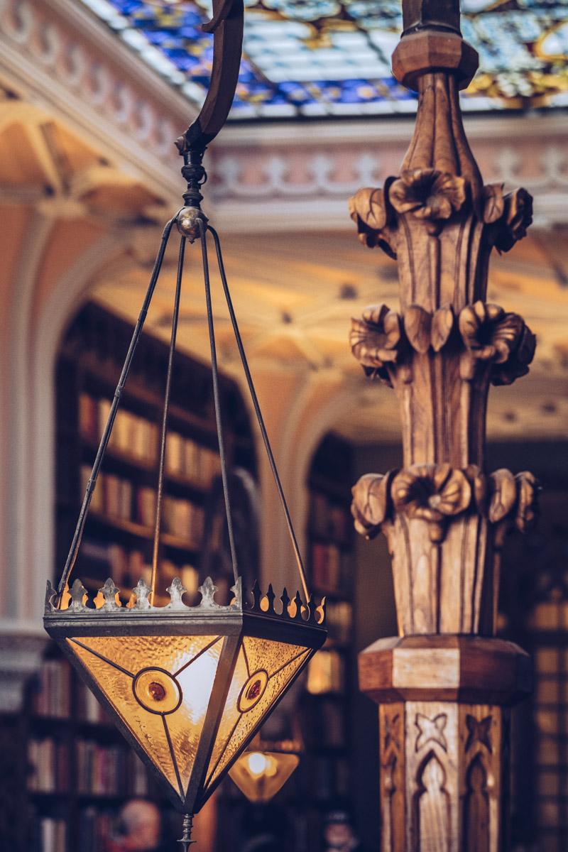 Refuse to hibernate Porto librairie Lello lumière