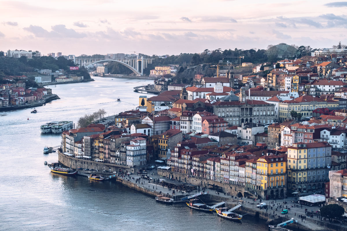 Refuse to hibernate Porto vue ville depuis le pont Dom Luis