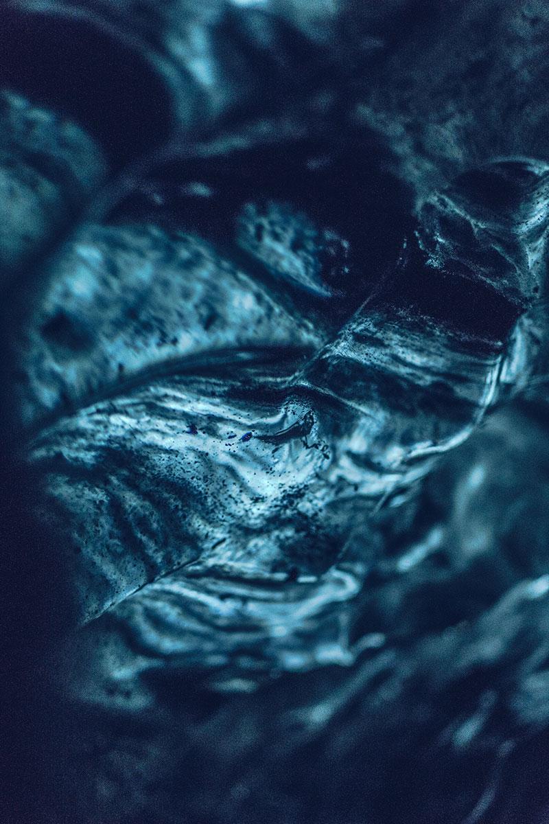 Refuse to hibernate Islande grotte de glace focus