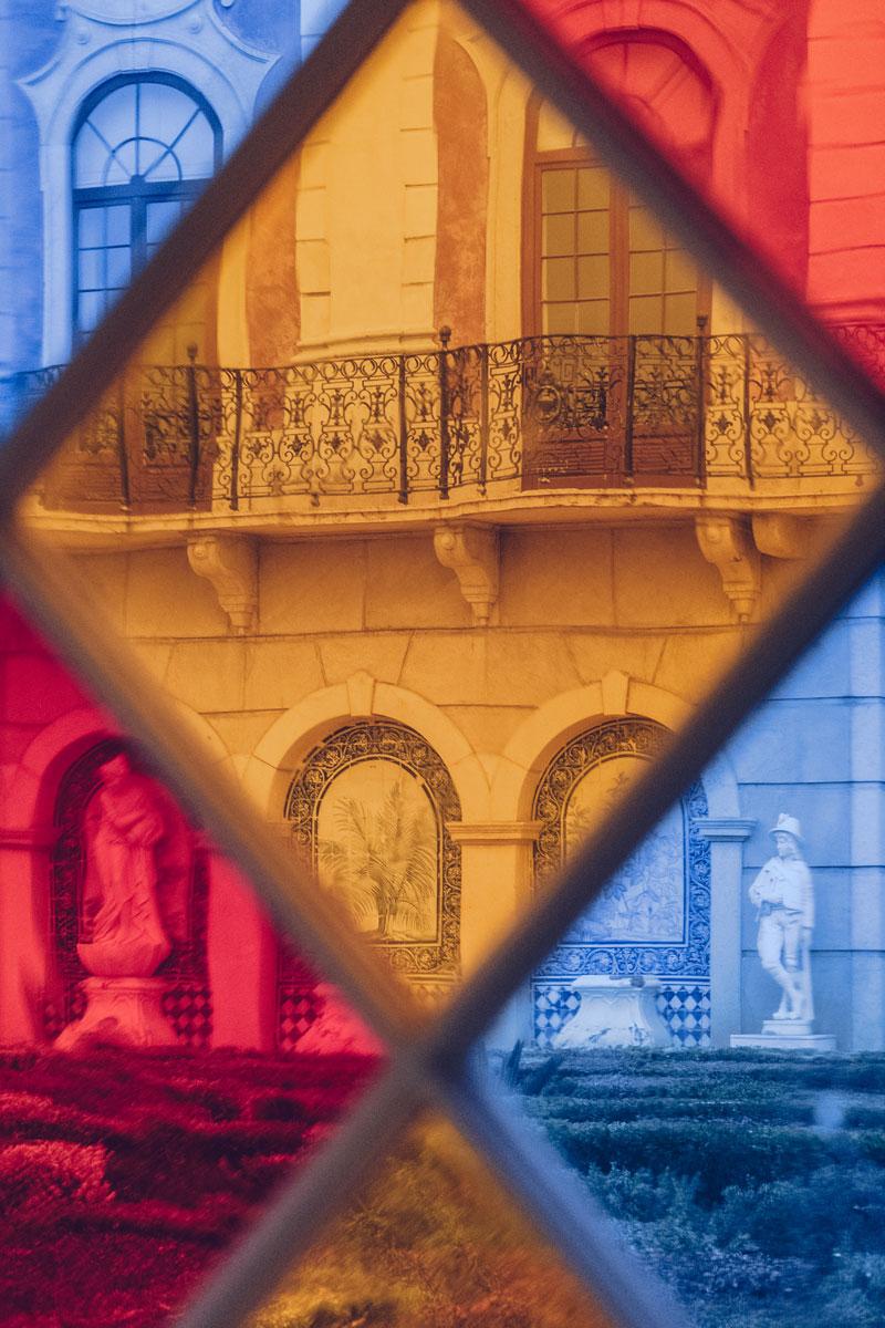 Refuse to hibernate Portugal Faro Palacio da Estoi vitrail