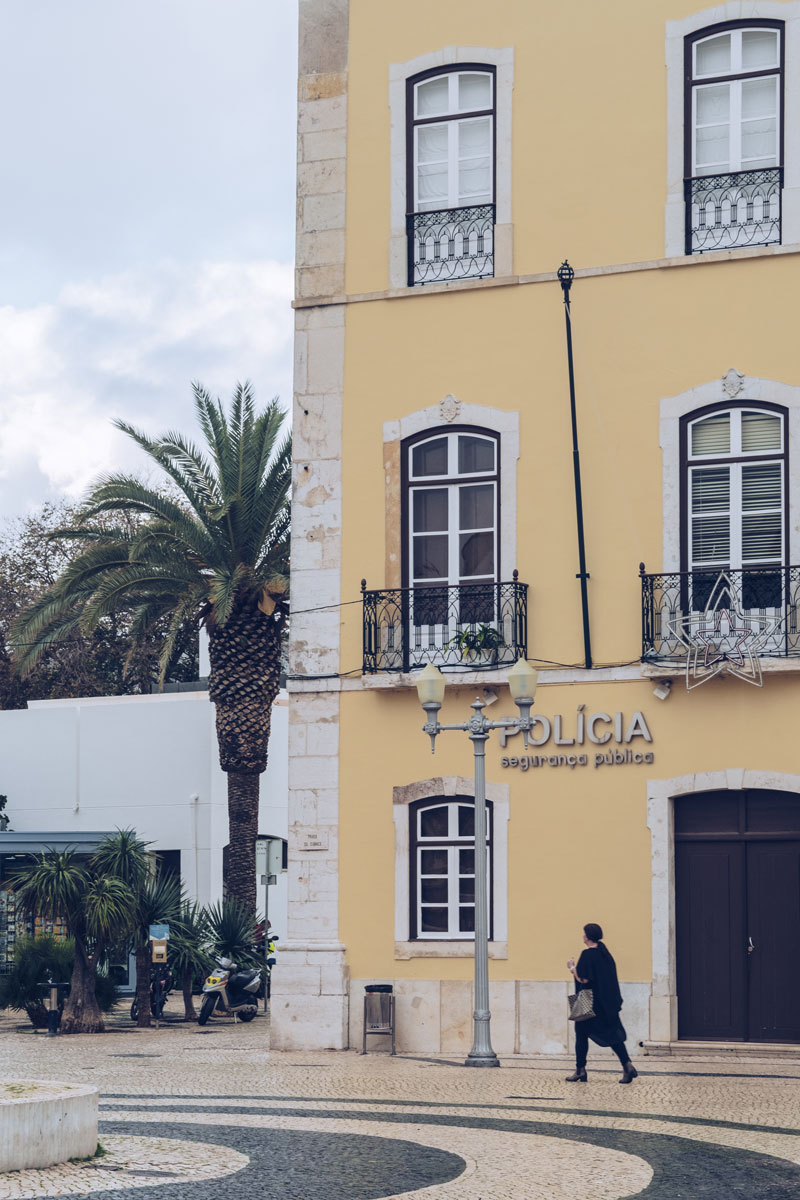 Refuse to hibernate Portugal Faro policia