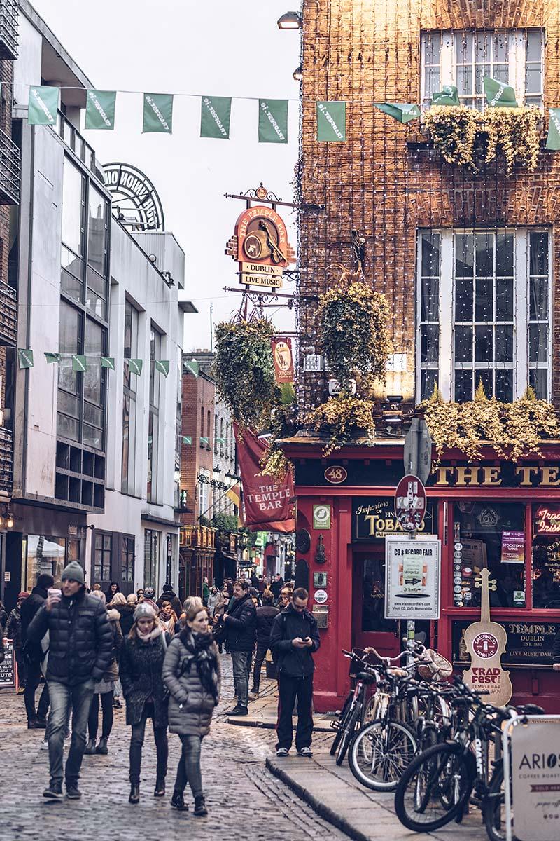 Refuse to hibernate Dublin rue The Temple Bar
