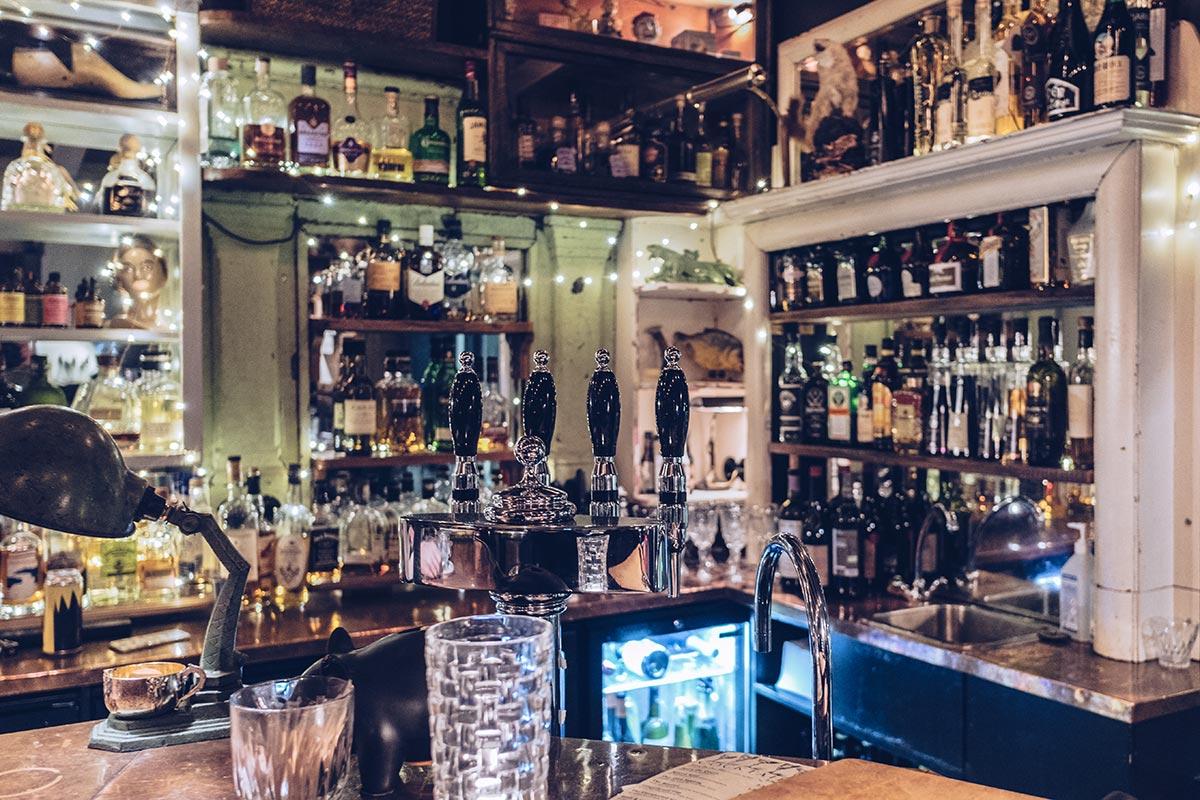 Refuse to hibernate Islande en hiver restaurant Hverfisgata 12 bar