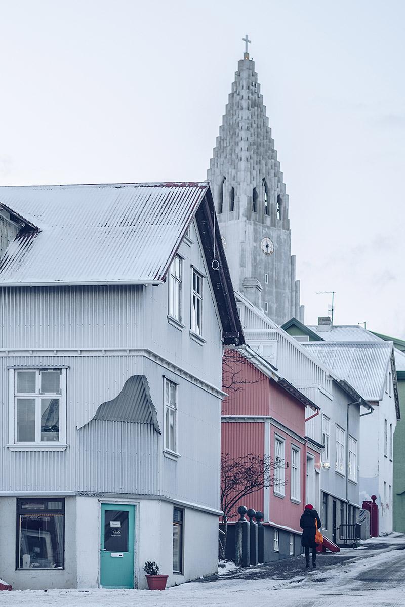 Refuse to hibernate Islande en hiver Reykjavik rue cathédrale d'Hallgrim