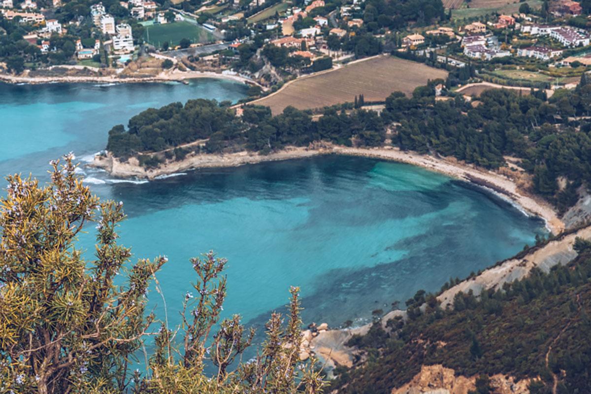 Refuse to hibernate Marseille route des Crêtes vue