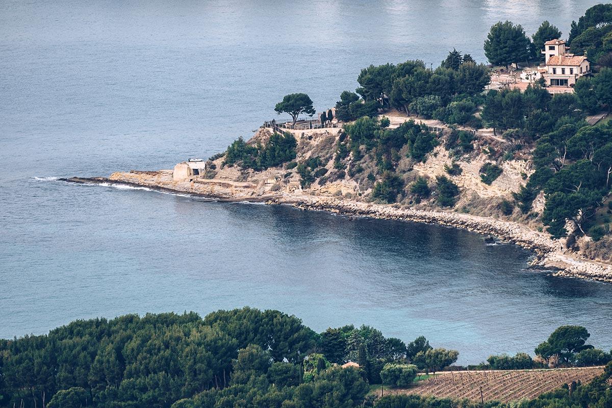 Refuse to hibernate Marseille route des Crêtes vue corniche