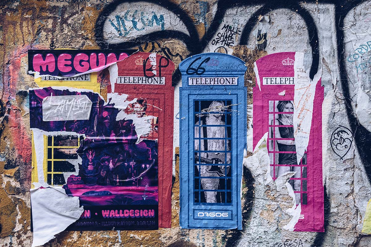 Refuse to hibernate Berlin Haus Schwarzenberg street art