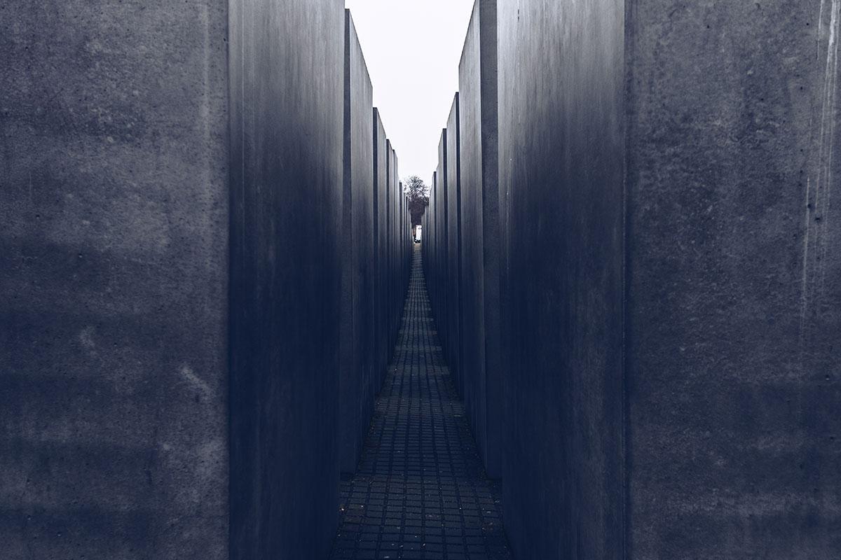 Refuse to hibernate Berlin mémorial Holocauste allée