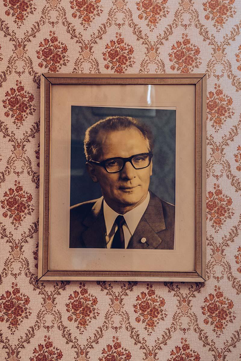 Refuse to hibernate Berlin musée RDA portrait