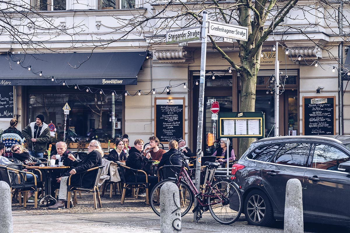Refuse to hibernate Berlin Prenzlauerberg terrasse