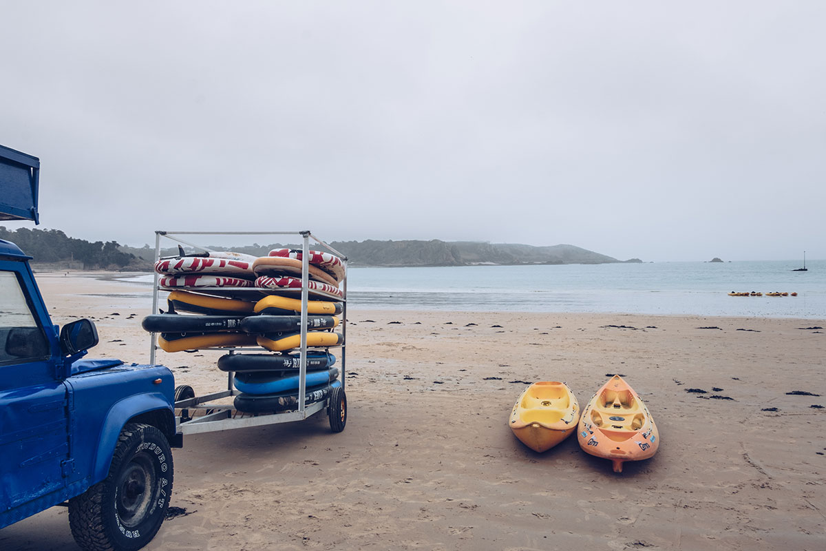 Refuse to hibernate Jersey kayak tour absolute adventures plage