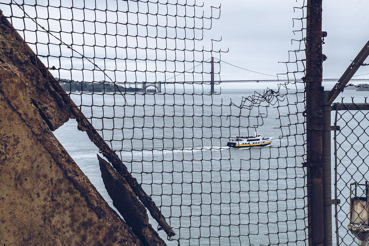 Refuse to hibernate San Francisco Alcatraz vue depuis la cours