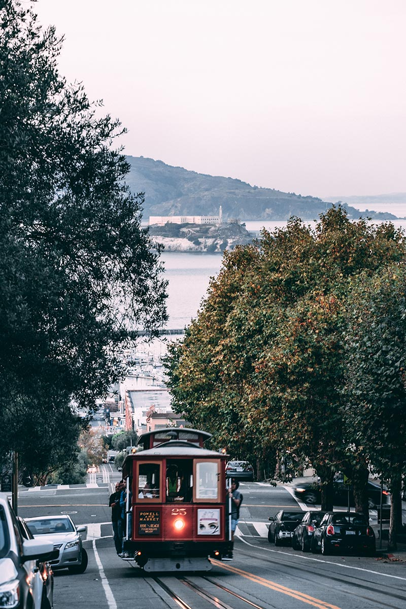 Refuse to hibernate San Francisco Lombard street cable car