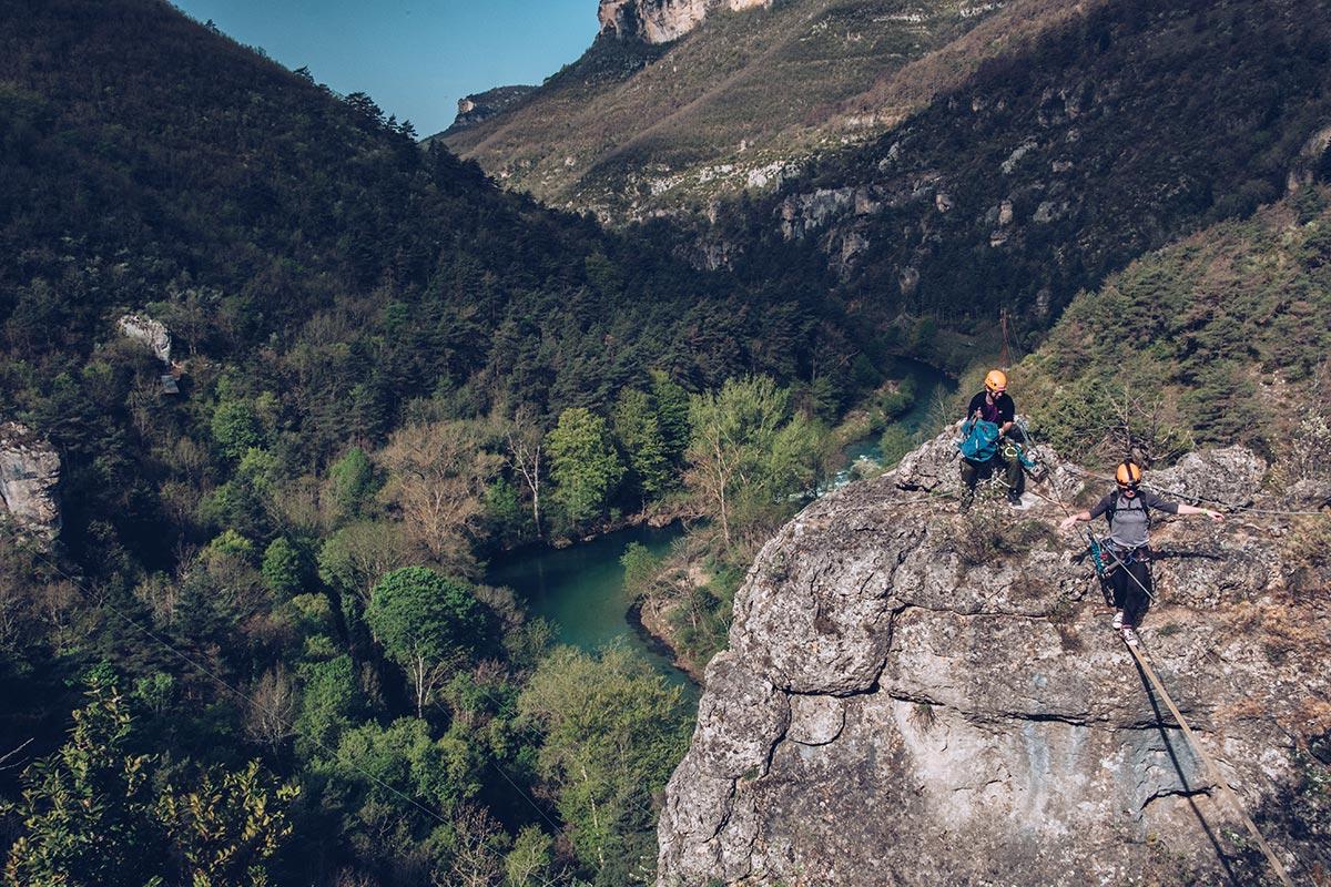 Refuse to hibernate Aveyron Gorges de la Dourbie montagne corde parcours