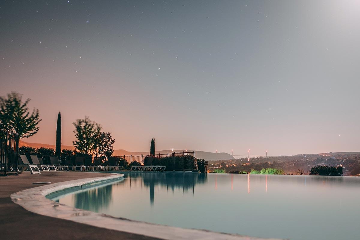 Refuse to hibernate Aveyron Millau Domaine de Saint-Estève piscine