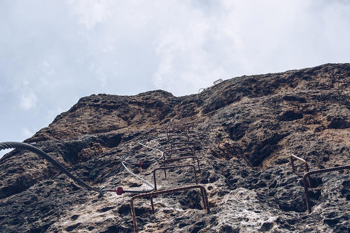 Refuse to hibernate Aveyron Montpellier-le-Vieux rocher via ferrata échelle