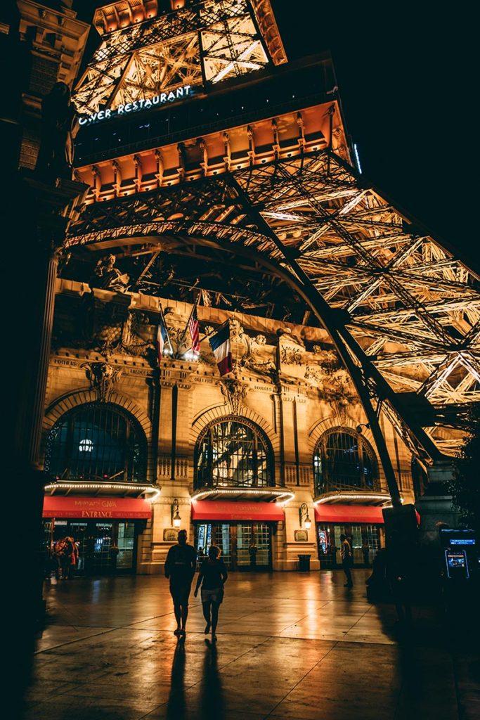 Refuse to hibernate Las Vegas Eiffel Tower