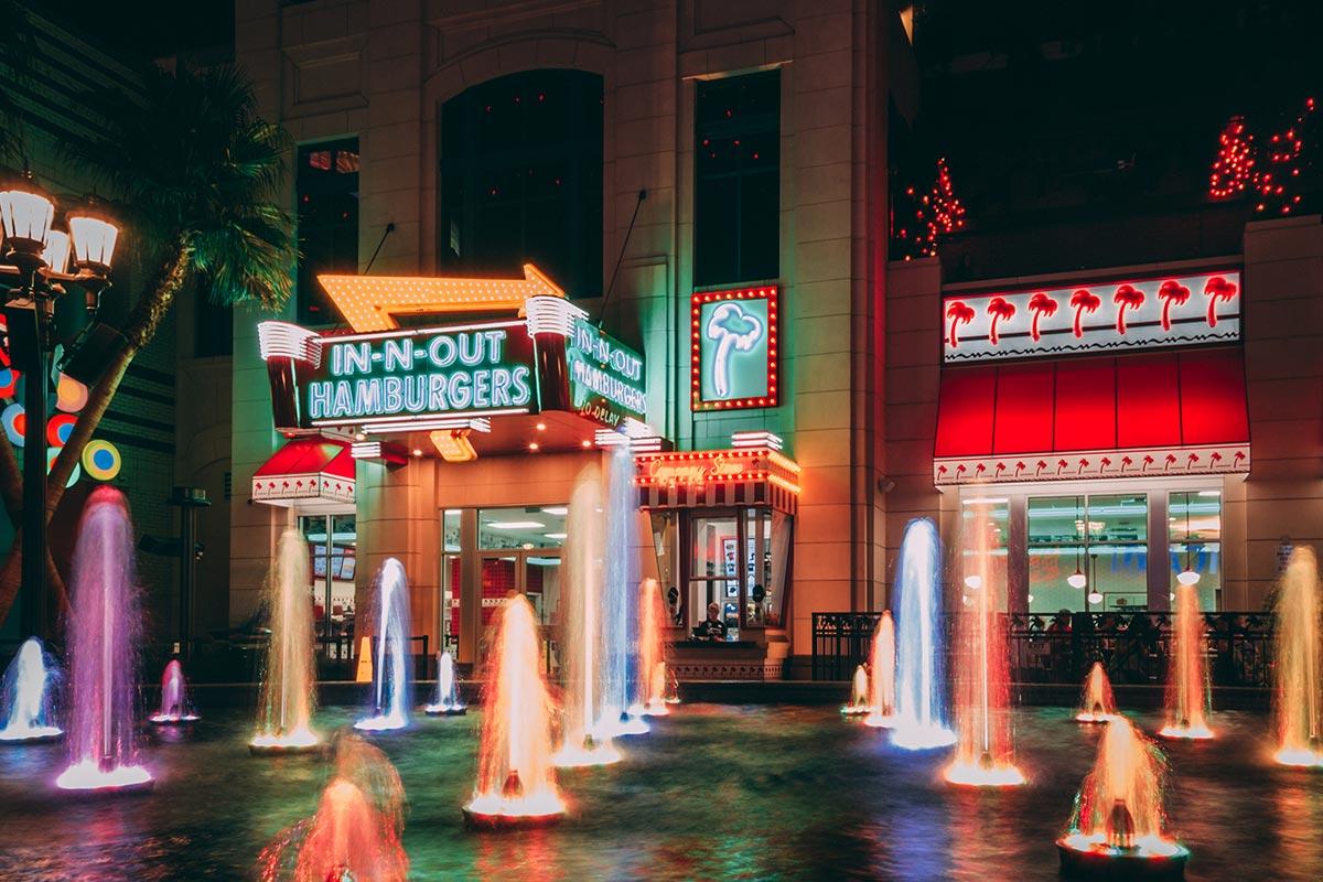 Refuse to hibernate Las Vegas In-n-out hamburgers