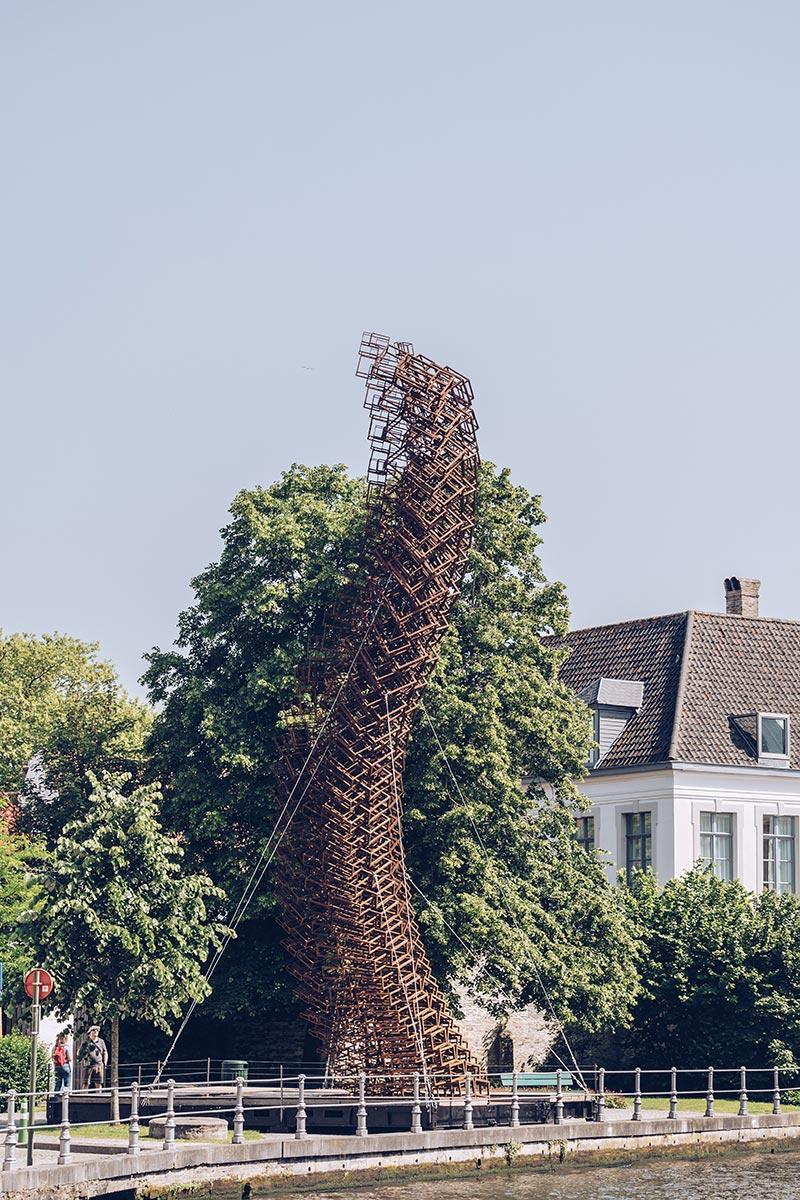 Refuse to hibernate Triennale Bruges Lanchals focus