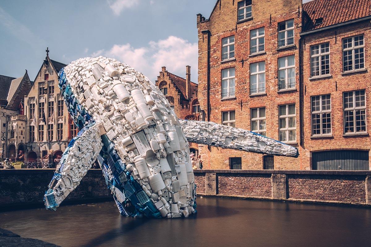 Refuse to hibernate Triennale Bruges Skyscraper whale