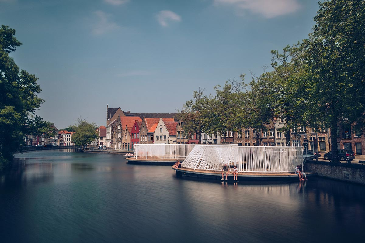 Refuse to hibernate Triennale Bruges The floating island