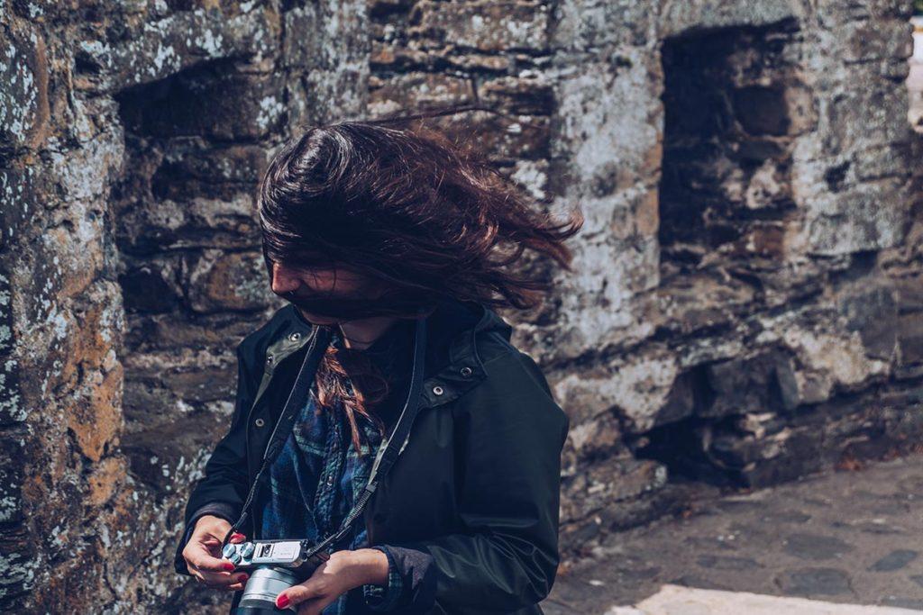 Refuse to hibernate Pays de Galles Audrey vent dans les cheveux