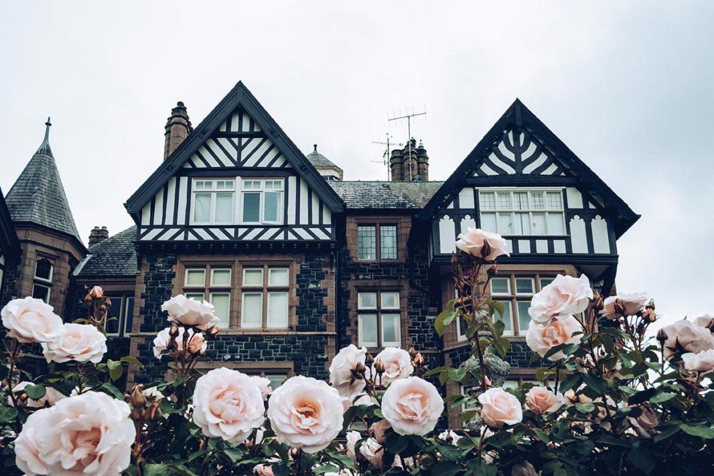 Refuse to hibernate Pays de Galles bodnant gardens maison fleurie 2