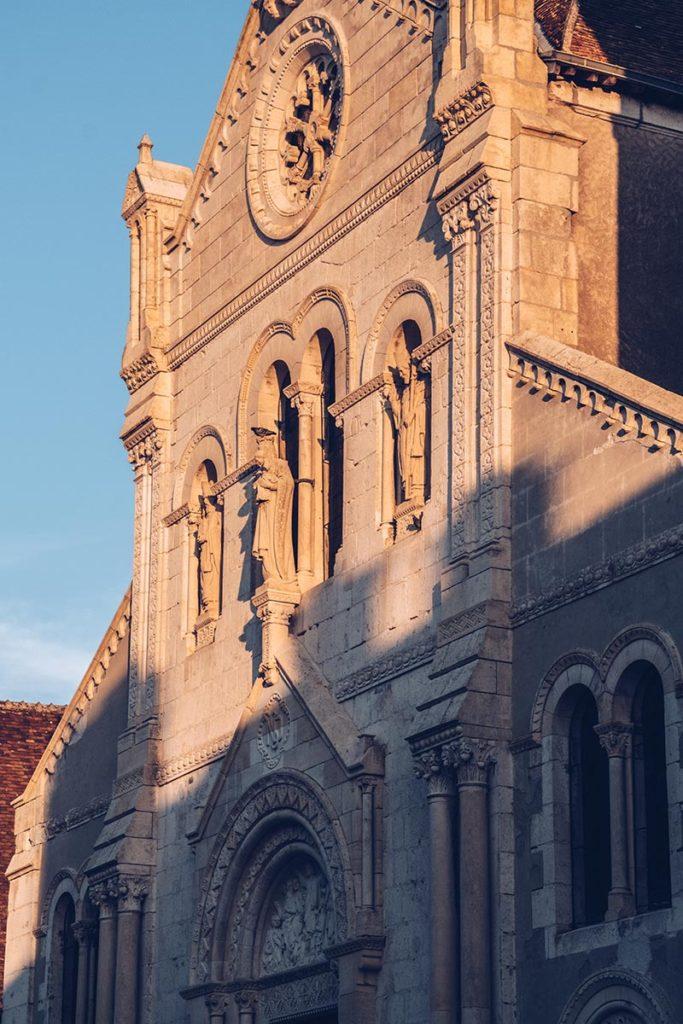 Refuse to hibernate Sancerre Notre-Dame